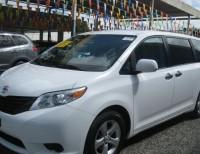 Toyota Sienna CE 2011