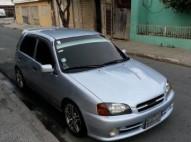 Toyota Starlet 2001 Gris