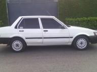 Toyota corolla 87 blanco