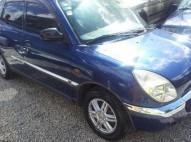 Toyota duet azul 2001