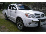Toyota hilux 2009 4x4 full diesel impecable