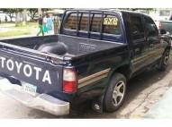 Toyota hilux azul 99