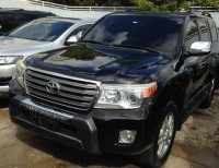 Toyota land Cruiser parado 2013