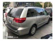Toyota sienna LE 2005
