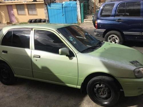 Toyota starlet 2000 sana