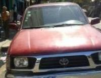 Toyota tacoma 1996 roja