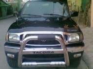 Toyota tacoma 2001 en excelente condiciones