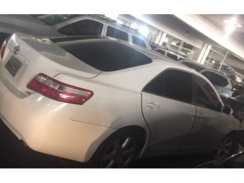 Toyota Camry 2009 LE 89000 millas