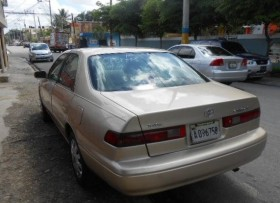 Toyota Camry LE 1998