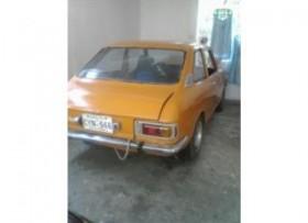 Toyota Corolla 1973 se cambia por truck-tumba