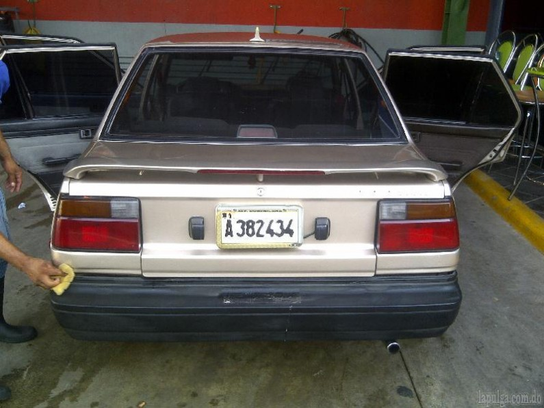 toyota corolla 1987 super carro en venta en santo domingo. Black Bedroom Furniture Sets. Home Design Ideas