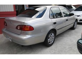 Toyota Corolla 2002 Full label Lindo