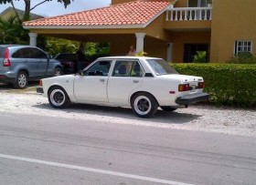Toyota Corolla 83 18 en optimas condiciones