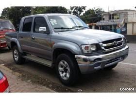 Toyota Hilux 2001 4x4 full DOBLE CABINA