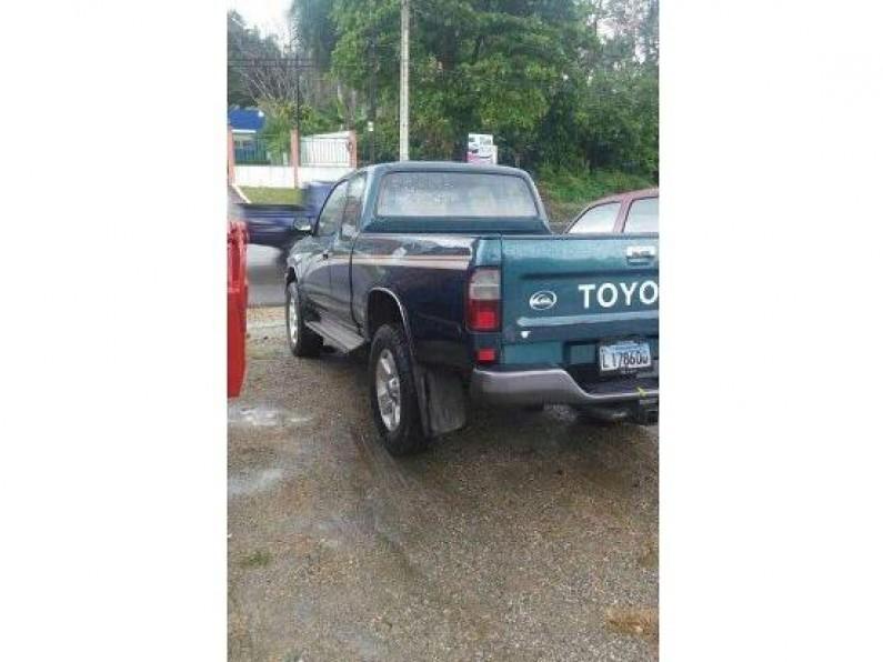 Toyota Hilux 2001 camioneta