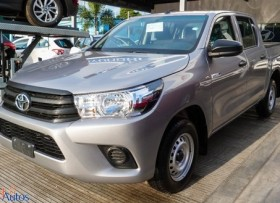 Toyota Hilux 2018 gris