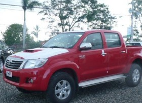 Toyota Hilux Limited 2015