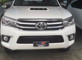 Toyota Hilux Revo 2016