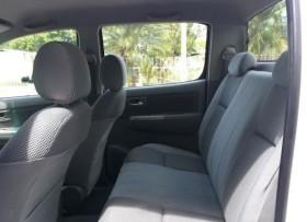 Toyota Hilux SRV 2011