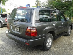 Toyota Land Cruiser 2000
