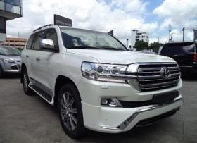 Toyota Land Cruiser VX 2018