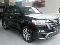 Toyota Land Cruiser VXR 2017
