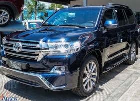 Toyota Land Cruiser VXR 2018 azul