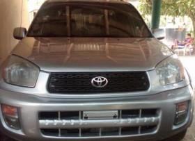 Toyota RAV4 2001 4x4 gris