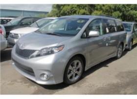 Toyota Sienna Se 5pta Plateado