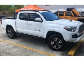 Toyota Tacoma TRD Sport 2017 Todos los Xtras