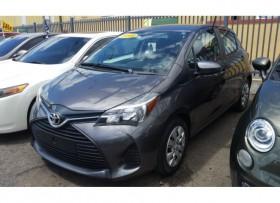Toyota Yaris LE 2015 standard