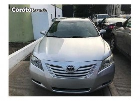 Toyota camry gris