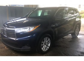 Toyota highlander 2016 like new