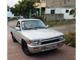 Toyota hilux 90 pickup