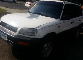Toyota rav4 96 blanca electrica