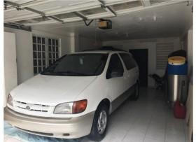 Toyota sienna 99