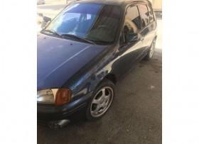 Toyota starlet 99 00