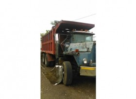 Truck Mack por piezas