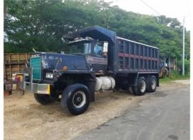 Truck tumba
