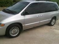 Van Chrysler Town Country