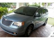 Van Familiar Chrysler Town