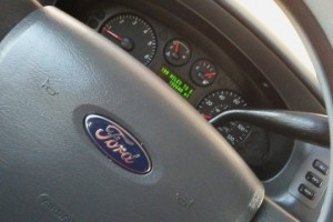 Vendo carro ford taurus 2006 SE nítido