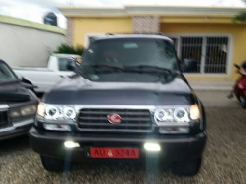 Vendo yipeta Lexus LX450 1994