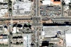 Vendo Solar en la esquina de las Avenidas 27 de Febrero y Abraham Lincoln A US 3000 el metro