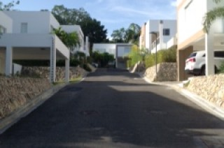 Vendo Y Alquilo Casa Complejo Cerrado Cuesta Hermosa Distrito Nacional