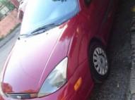 Venta carro Ford focus 2001
