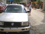 Volkswagen Jetta 1995 3 Crema