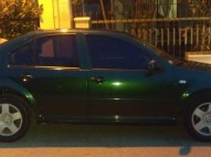 Volkswagen Jetta 2000 verde automatico