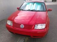 Volkswagen Jetta 2002 Rojo