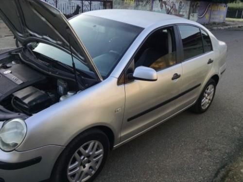Volkswagen Polo 1.4, color Gris Plata